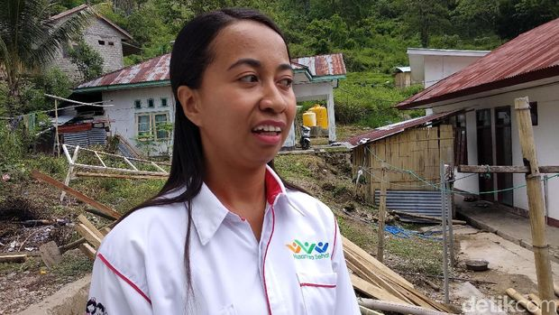 Bidan Fony, salah satu peserta program Nusantara Sehat.