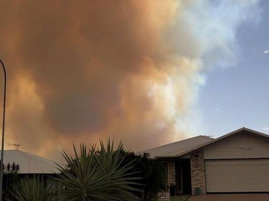 Ribuan Warga Dievakuasi Akibat Kebakaran Hebat di Queensland Utara