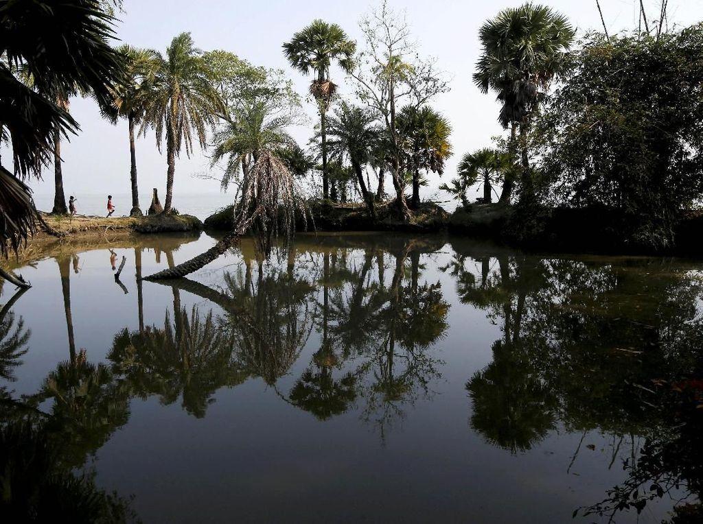 Potret Kehidupan Warga Pulau Ghoramara yang Terancam Hilang