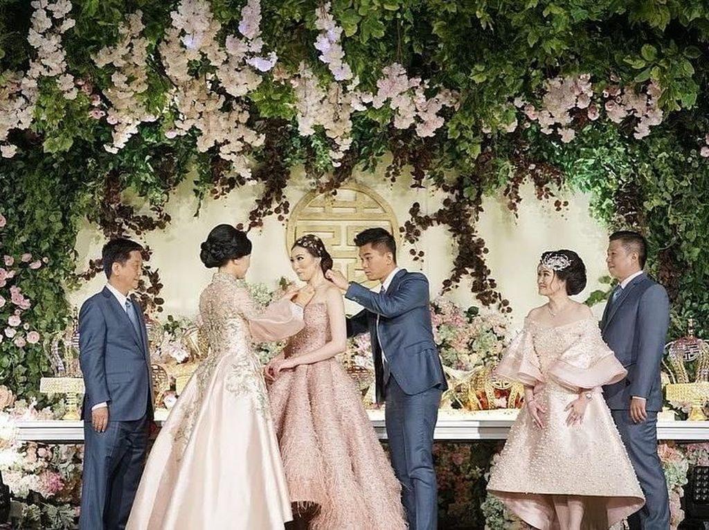 Apa Kata Uya Kuya Cs Soal Pernikahan Super Mewah Crazy Rich Surabayan?