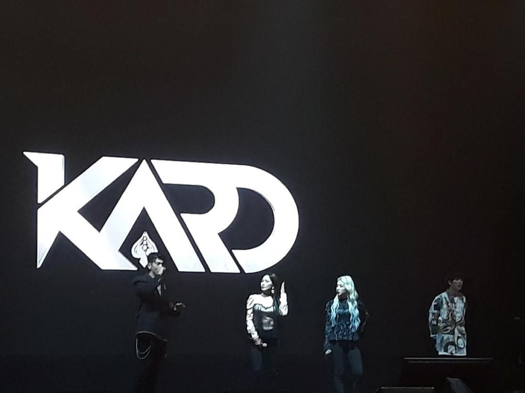 Pecah! KARD Meriahkan Charity Concert for Palu, Sigi, and Donggala