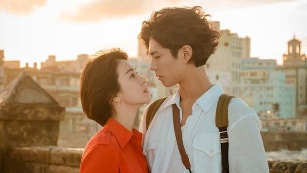 Foto: Intip Kemesraan Park Bo Gum dan Song Hye-Kyo di Encounter Episode 16
