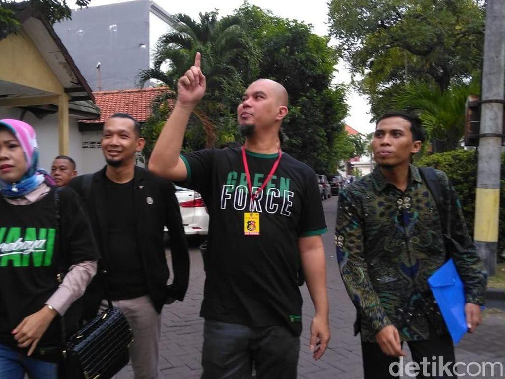 Ngendon di Polisi, Bagaimana Kabar Kasus Persekusi Ahmad Dhani?