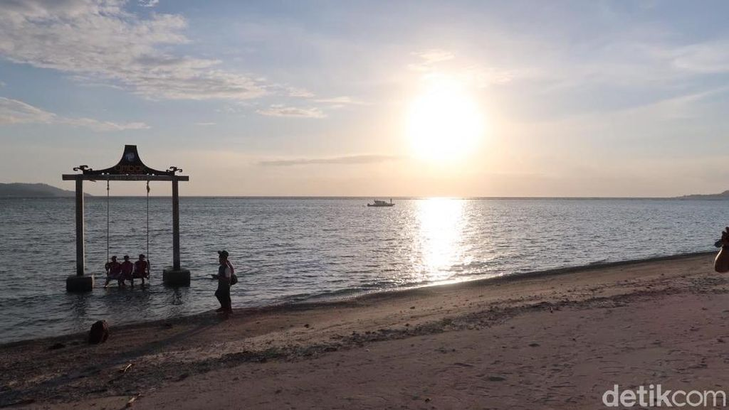 Foto: Sunset Gili Air yang Romantis