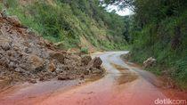 Jalur Pekalongan-Banjarnegara Longsor, Lalu Lintas Buka Tutup