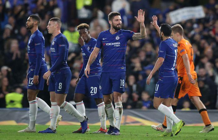 Chelsea memulai laga kontra PAOK dengan kabar bahwa posisi juara grup sudah hampir pasti jadi milik mereka. Tapi rasa lapar The Blues terjaga. Reuters/Peter Cziborra.