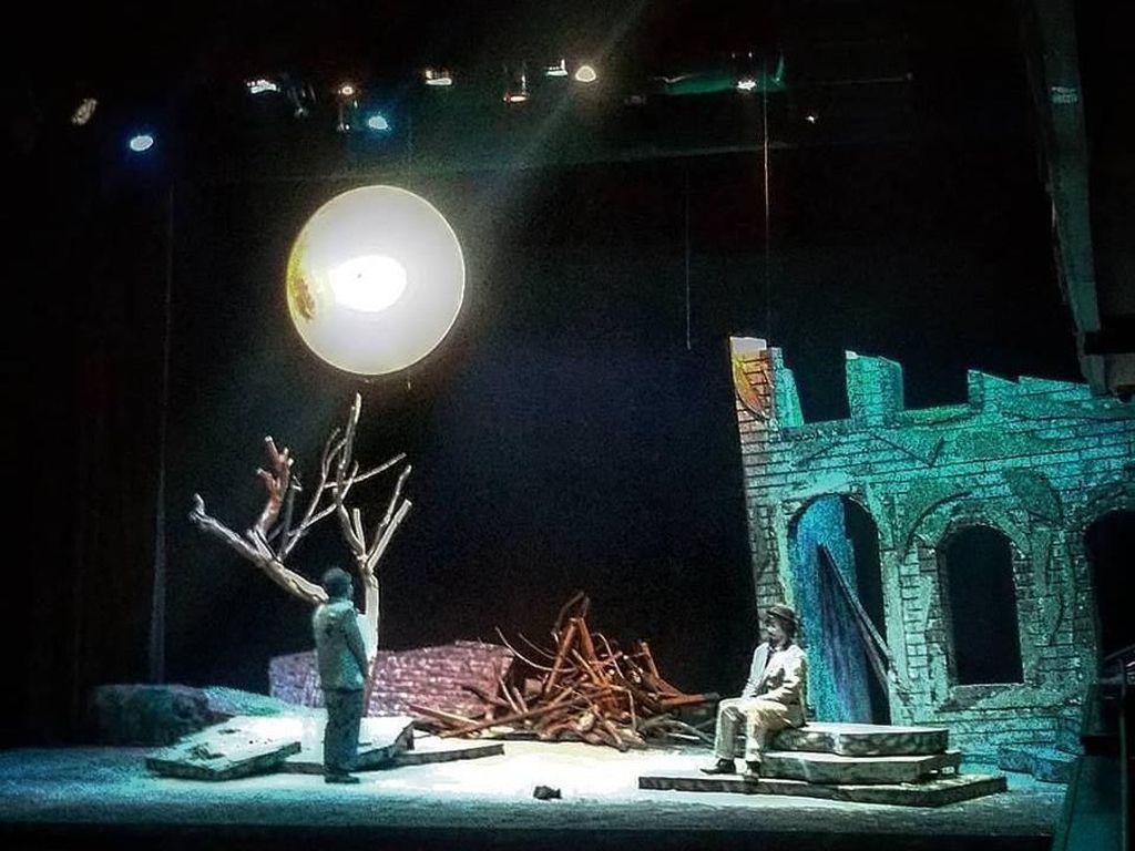 Sanggar Teater Jerit Juarai Festival Teater Jakarta 2018