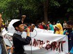 Pendemo Prabowo di Surabaya Kecam Rencana Aksi Reuni 212