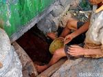 Kuli-kuli Cekeran Menggali Ibu Kota