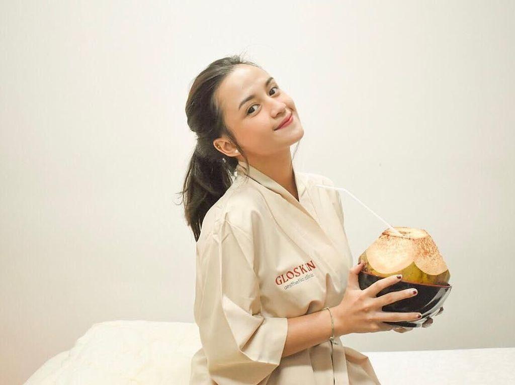 Ini Amanda Shafira, Selebgram Cantik yang Suka Kulineran