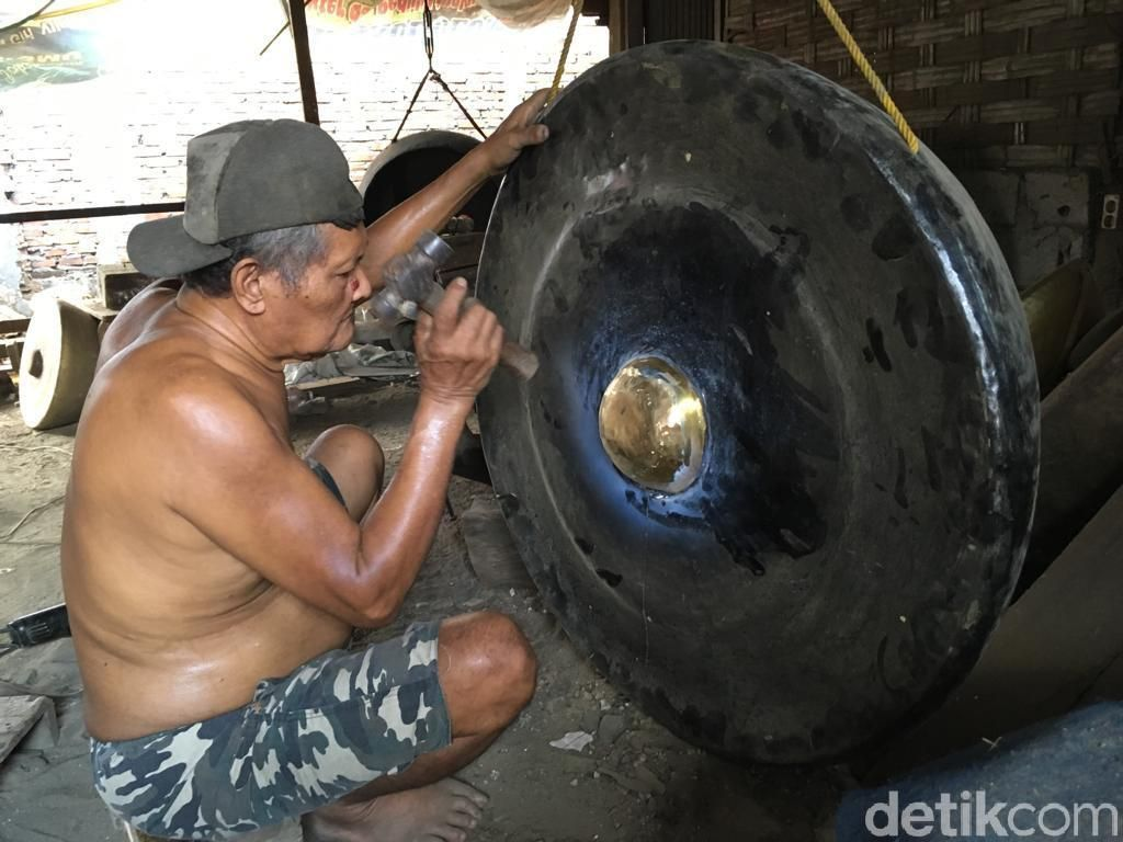 Keren! Gamelan dari Mojokerto Diminati Hingga Negeri Jiran