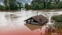 Banjir-Puting Beliung di Majalengka, 300 Rumah Terendam dan 8 Bangunan Rusak