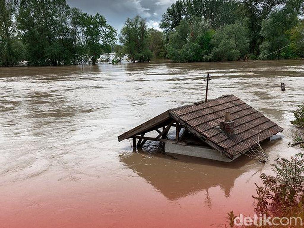 11 Orang Tewas Akibat Banjir Bandang di India, 28.000 Orang Dievakuasi