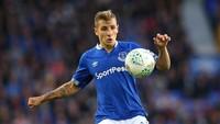 Hafal Luar Dalam, Bek Everton Ini Siap Matikan Salah