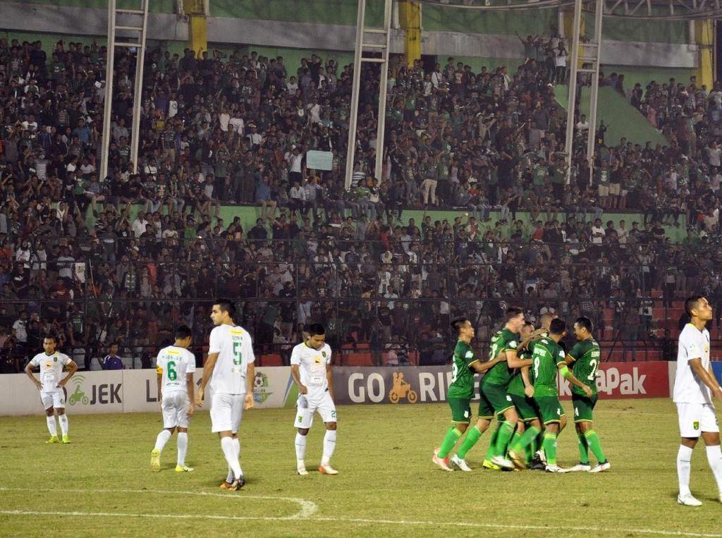Hasil Liga 1: Bantai Persebaya, PSMS Perpanjang Napas