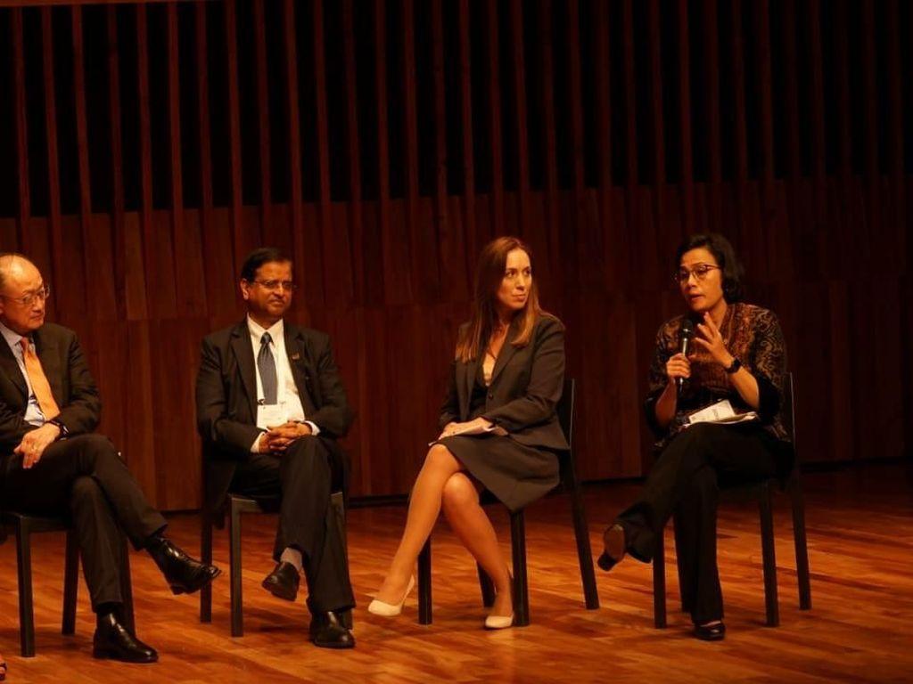 Sri Mulyani Bicara Perempuan Melek Keuangan di Argentina