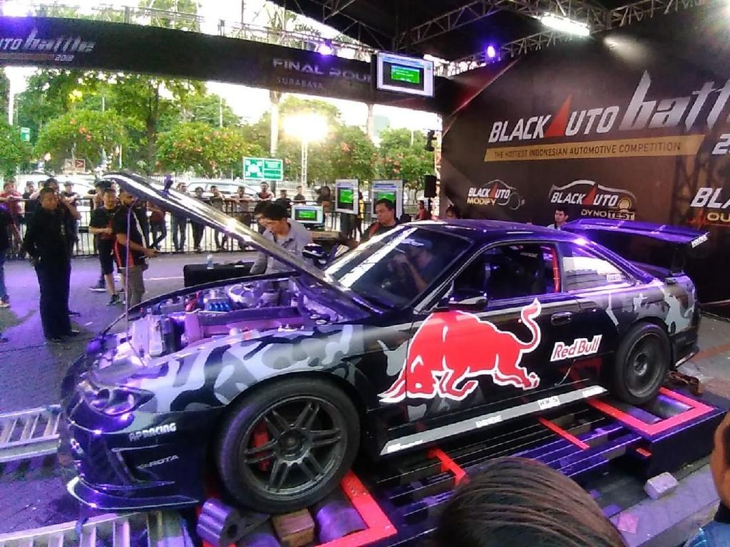 140 Mobil Ramaikan Final Blackauto Battle 2018 Surabaya