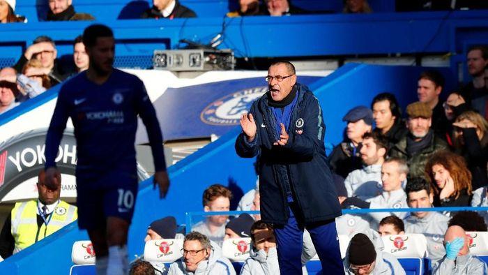 Maurizio Sarri mengaku kalau Manchester City berada di level yang beda dengan Chelsea (Eddie Keogh/Reuters)