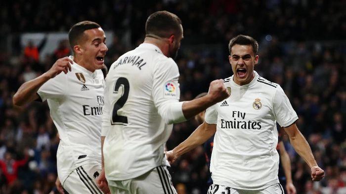 Real Madrid punya peluang memperbaiki posisi saat menghadapi tim juru kunci klasemen Huesca Foto: Sergio Perez/Reuters