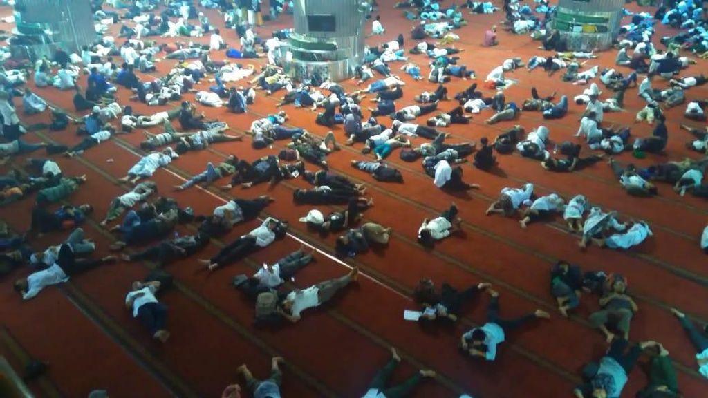 Banyak Orang Tidur, Begini Potret Istiqlal Pasca-Reuni 212