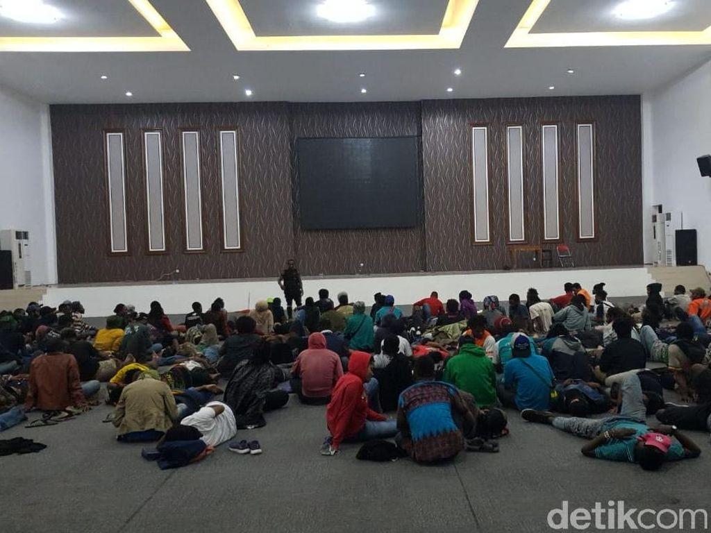 Ini Penjelasan Polisi Soal Mahasiswa Papua Dibawa ke Polrestabes