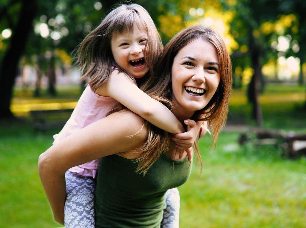 Bunda, Nggak Perlu Kecil Hati Punya Anak dengan Down Syndrome