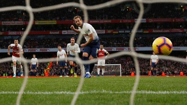Harry Kane menyamai rekor Emmanuelle Adebayor sebagai pencetak gol terbanyak di derby London Utara.