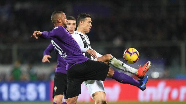 Cristiano Ronaldo mencetak satu gol di laga lawan Fiorentina.