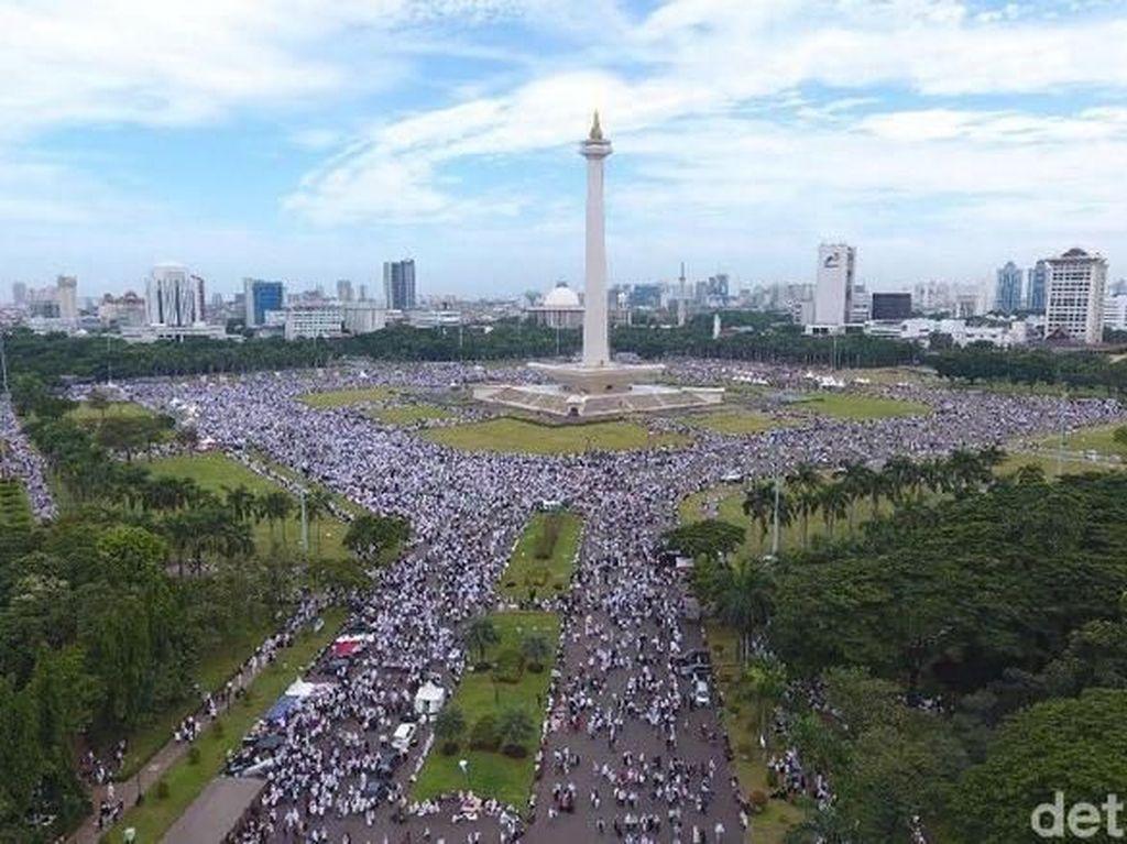 Survei LSI Denny JA: Mayoritas Publik Suka Aksi 212