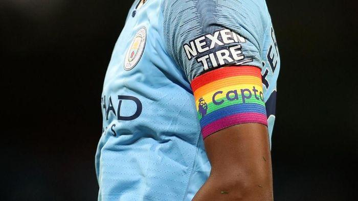 Warna pelangi akan bertebaran di Liga Inggris pekan ini, sebagai simbol dukungan kesetaraan hak kaum LGBT. (Foto: Catherine Ivill/Getty Images)