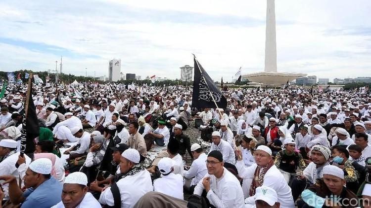 PKS: Prabowo Menang, 212 Bisa Dapat Izin Digelar di Istana