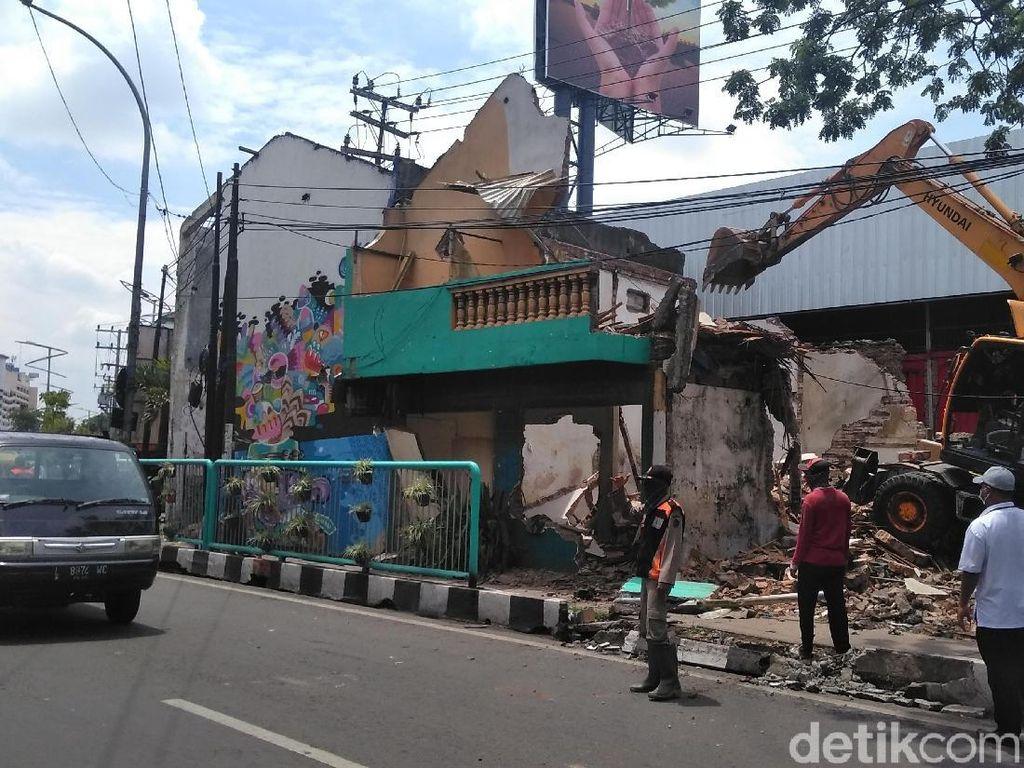 Pembangunan Frontage Road Wonokromo Dilanjut, 17 Persil Dibongkar