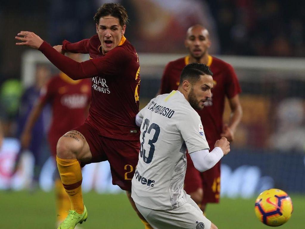 Roma Harusnya Dapat Dua Penalti, Totti: Kok Bisa VAR Tidak Lihat?
