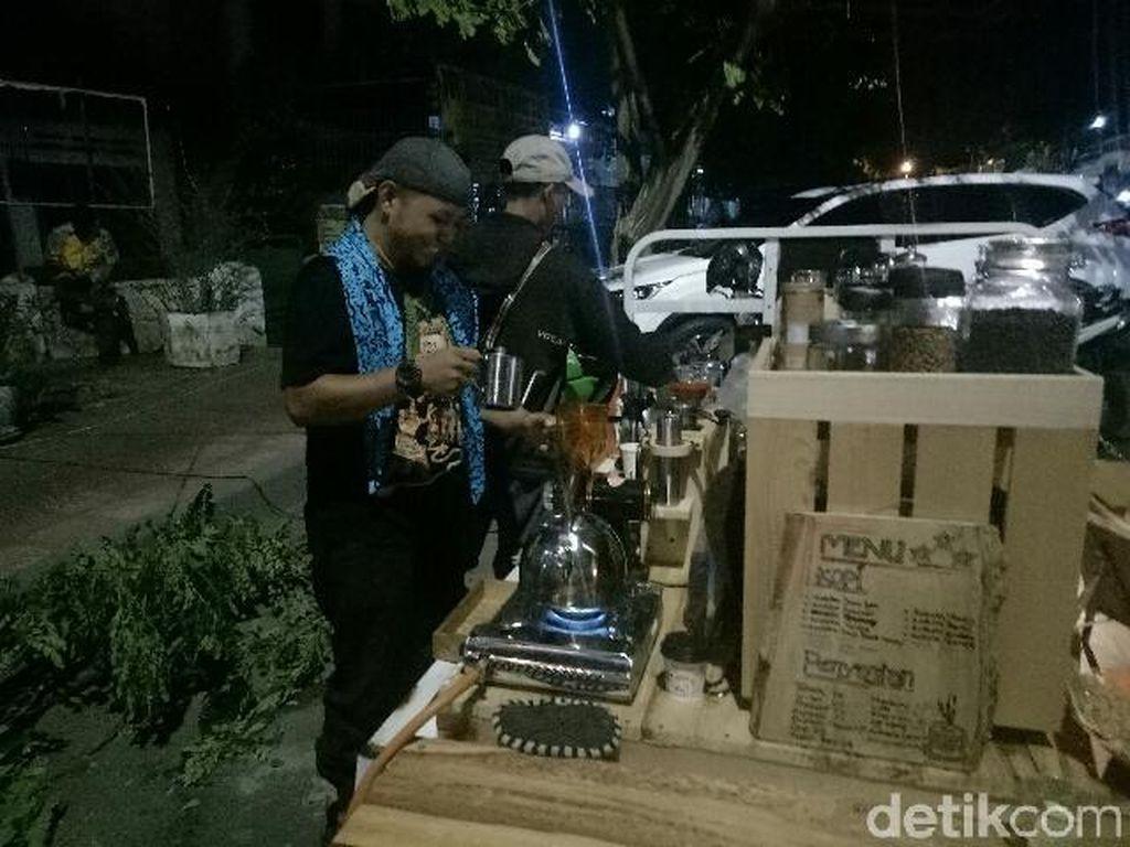Mobile Cafe ala Banyuwangi, Bisa Ngopi Enak di Mana Saja