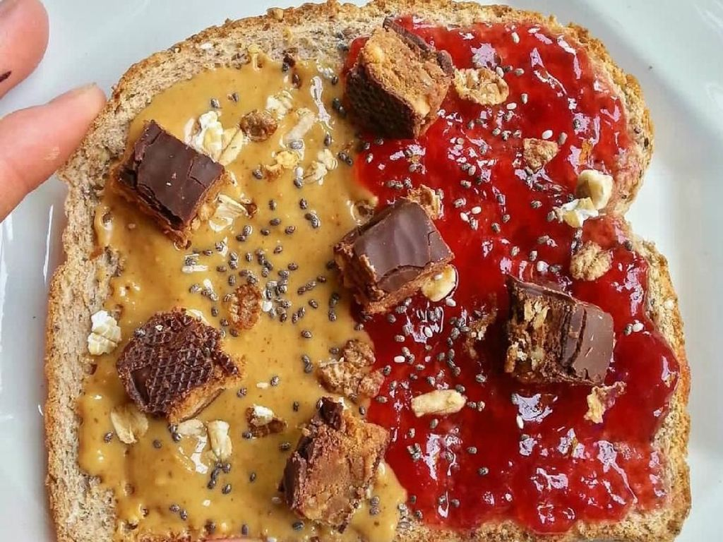 Gurih Creamy Roti Oles Peanut Butter Buat Sarapan, Siapa Mau?