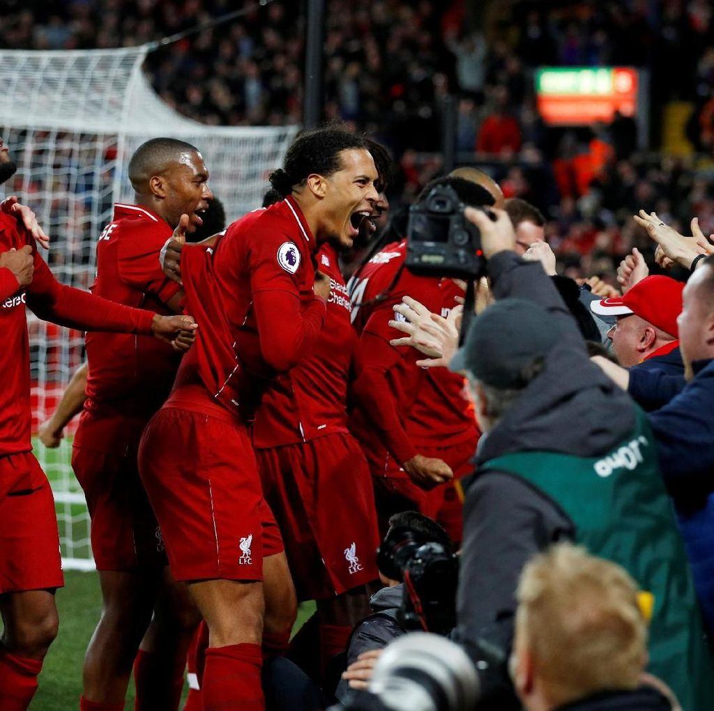 Prediksi Liverpool vs Napoli: Berharap Tuah Anfield Meloloskan Si Merah
