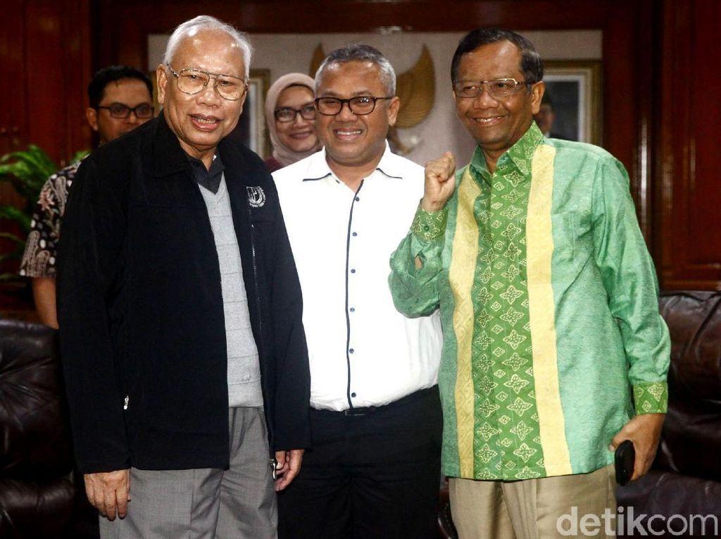 Mahfud MD-Bagir Manan Ke KPU Bahas Syarat Pencalonan Anggota DPD
