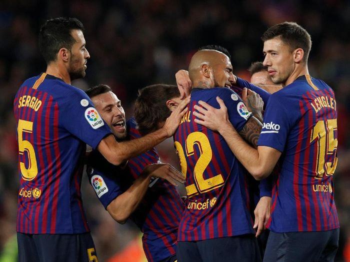 Derby Catalan menguji Barcelona untuk bisa mempertahankan puncak klasemen (REUTERS/Albert Gea)