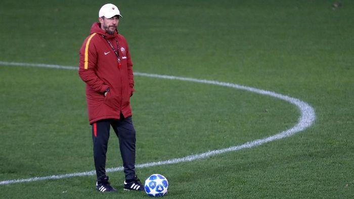 Pelatih AS Roma Eusebio Di Francesco memperingatkan timnya agar tak kebobolan saat menjamu Porto di babak 16 besar Liga Champions (Foto: Tony Gentile/Reuters)