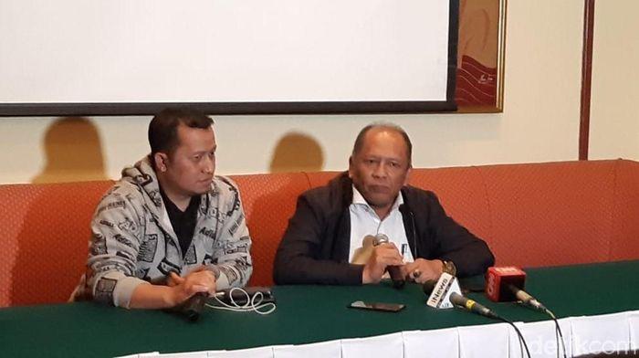 Hidayat (kanan) mundur dari exco PSSI (Mercy Raya/detikSport)