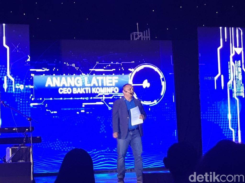 Hampir Rampung, Palapa Ring Siap Sambungkan Indonesia di 2019