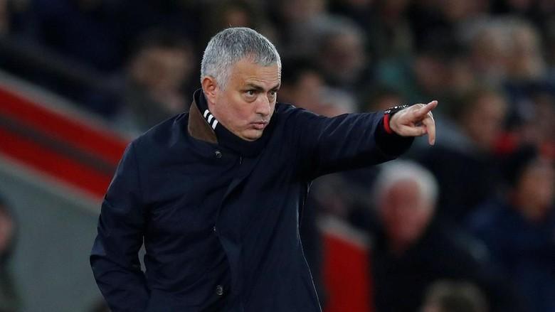 Emery Bisa Maksimalkan Skuat, Mourinho Bisa Apa?