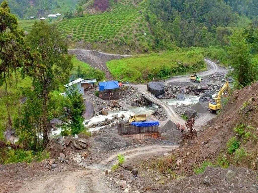 600 Personel TNI Dikerahkan Bangun Jembatan Trans Papua
