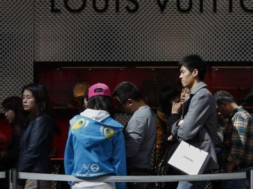 Turis China Jadi Fenomena Global Juga Alat Politik