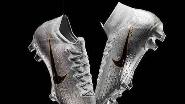 Tak Cuma Bola Emas, Sepatu Perak Juga Didapat Modric