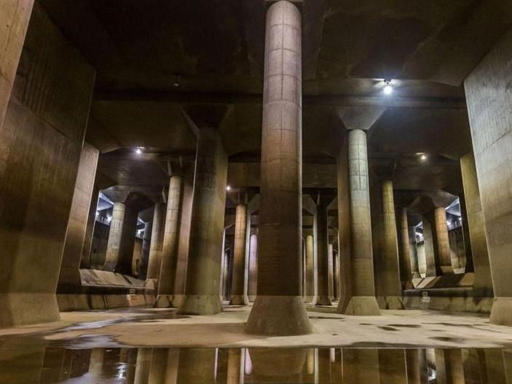Foto: Sistem Anti Banjir Terbesar Sedunia, Jakarta Perlu Tiru
