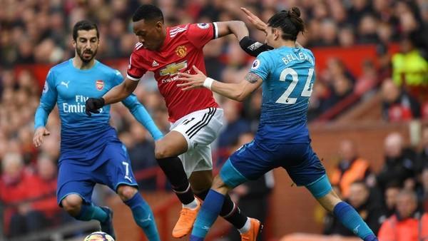 Inggris Panas di Tengah Pekan: Duel MU Vs Arsenal di Old Trafford