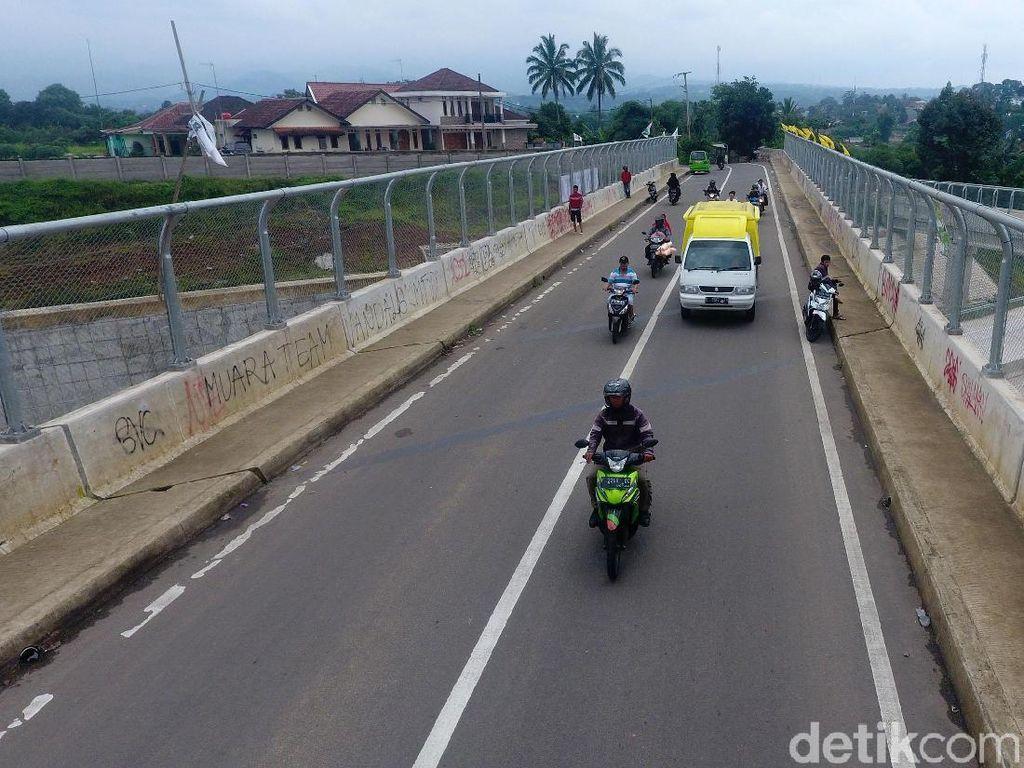 Tol Bocimi Macet 3 Km Jelang Exit Cigombong