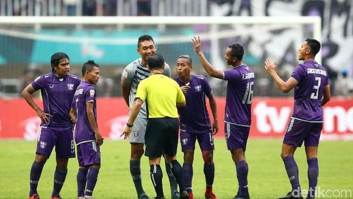 Kapolri Turun tangan langsung menuntaskan kasus-kasus dugaan pengatutan pertandingan di sepakbola Indonesia  Foto: Grandyos Zafna