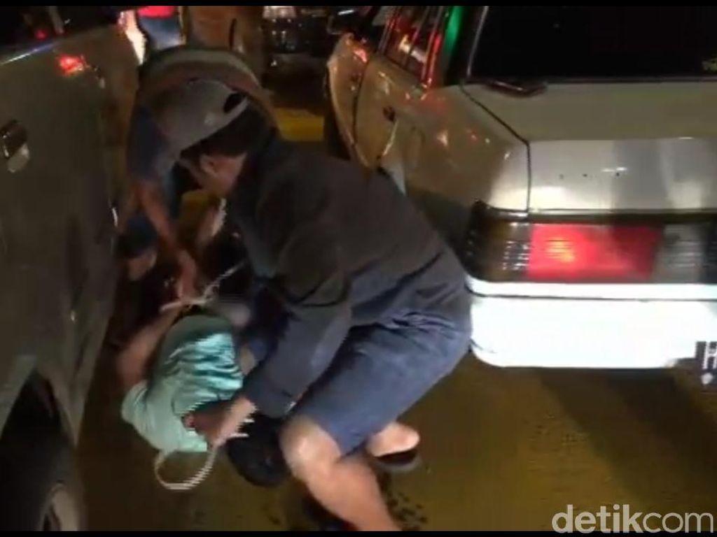 Dua Pengedar Disergap di Tol Sidoarjo-Porong, 6 Ons Sabu Disita